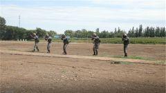 陆军第79集团军组织400名新排长进行岗前集训