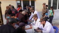 解放军和武警部队展开精准帮扶活动