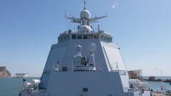 打破技術封鎖!H/PJ-11型11管30毫米艦炮 新型艦艇的護身甲胄