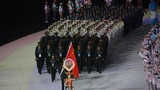 10月18日,第七屆世界軍人運動會開幕式在武漢體育中心舉行。一組高清大圖,帶你直擊火熱現場。該圖為中國代表團在開幕式上入場