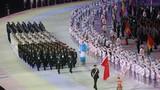 中國代表團在開幕式上入場