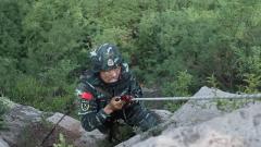 武警河北总队:太行山下 极限考验练尖兵