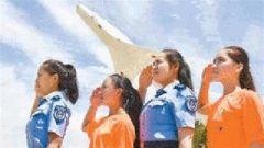"""空军启动新一轮""""蓝天春蕾计划""""聚力教育扶贫"""