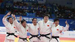 過癮!中國柔道運動員贏得比賽 表情亮了