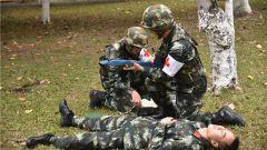 武警广西总队医院开展战伤救治练兵比武活动