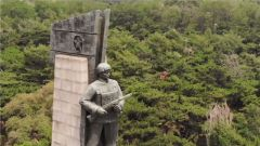 【第一军视】抗美援朝纪念日 老兵讲到牺牲的战友泪如雨下