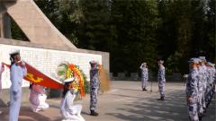 海军陆战队某旅开展主题教育党日活动