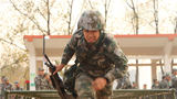 """新兵王辰泽:""""爸妈,你们的儿子现在是真正的男子汉了,没有什么艰难险阻能够阻止我前进!"""""""