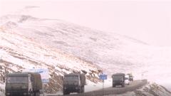 西藏军区:跨昼夜长途机动 高海拔火力打击