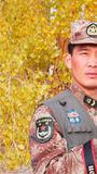 陆军69236部队四级军士长袁凯:将镜头对准官兵,聚焦基层,始终如一用心拍照,用作品说话!今后我将继续不忘初心,负重前行,力争取得更大成绩!