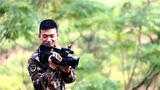 武警广西总队来宾支队新闻报道员果志远:用文字报道军中时事,用镜头记录军营青春。一路走来,我在良师益友的帮助下飞速成长,未来可期,我会努力成为最好的自己。