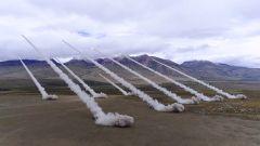 【第一军视】震撼场面来袭!陆空联合实弹演习 火力齐射撼天动地