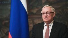 俄副外长呼吁延长《新削减战略武器条约》