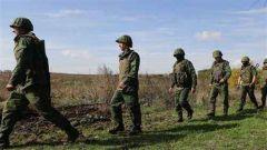 乌克兰东部冲突双方从第二处冲突地区撤军