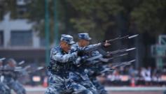 軍營開放日:近距離感受人民空軍光輝歷程