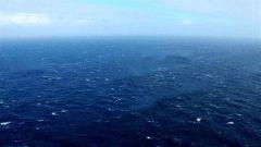 东部战区新闻发言人就美舰穿航台湾海峡发表谈话