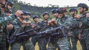 广西玉林:野外驻训 以苦为乐尽显昂扬斗志