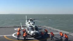 海军某登陆舰大队开展72小时海上连续训练