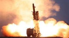 朝鮮試射超大型火箭炮