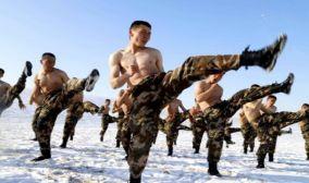 实战实训 新疆天山腹地特战队员开展极限训练