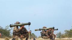 陸軍第72集團軍某旅:單兵多型武器實彈射擊