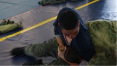 """力量vs技巧 来看身处劣势的中国官兵如何""""反杀""""对手"""