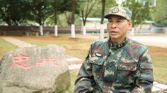 """二级军士长何贤达:从炊事员到""""导弹兵王""""要干就干到极致"""