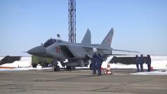"""俄军首次在北极地区发射""""匕首""""高超音速导弹"""