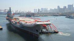 新中国峥嵘岁月|第一艘国产航母成功下水