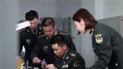 科技助力強軍夢 陸軍裝甲兵學院舉辦學員科技文化節