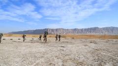 【第一军视】挑战赛!荒漠戈壁这样的极限训练你能坚持多久