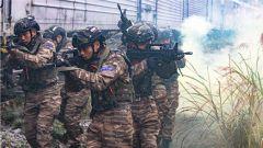 越戰越強!武警廣西總隊組織特戰隊員開展火車反劫持演練