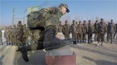 军体健儿走上高原边防