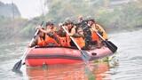 開展戰術操舟訓練。