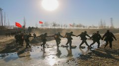 野營拉練丨武警某部新兵的第一次大考