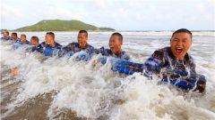 """""""军中之军 钢中之钢"""" 他们就是中国海军陆战队"""
