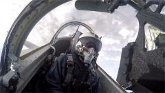 空军首批教-10飞行学员完成单飞训练