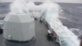 闻训即出征,开训即开战。1月2日至5日,北部战区海军某护卫舰支队黄石舰按照全员额全要素快速机动、隐蔽航行至某海域,开展为期3天的跨昼夜、高强度实战化训练,破解重难点问题、打牢训练基础,强化各级指挥员应急处置能力,进一步检验复杂环境下多型装备的作战效能。任务与实际相连,训练与战场对接。此次训练,他们通过全程不设脚本,临机设置险情,突出专攻精练的总体要求,从实战、实装、实用原则出发,突出全程对抗、全程检验、全程评估、全程整改的总体要求,从难从严摔打部队,圆满完成复杂海况下对海作战、综合防御、实弹射击等训练科目,提高部队全时、全域作战能力。