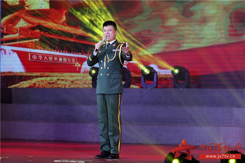 9、男声独唱《军人本色》