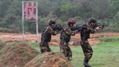 緊貼實戰!武警防城港支隊開展特戰集訓