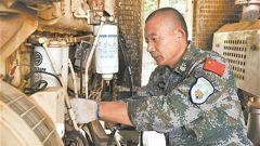 """中國赴南蘇丹維和步兵營一級軍士長任振江:維和前線的""""水電管家"""""""