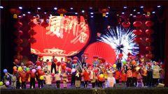 火箭軍某部舉辦2020年軍地迎新春文藝晚會
