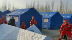 新疆伽師地震 救援部隊全面投入災后重建工作