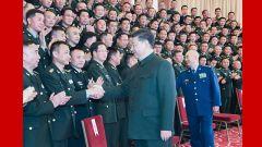習近平向全體人民解放軍指戰員武警部隊官兵民兵預備役人員致以新春祝福