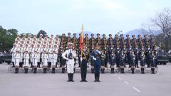 駐香港部隊送祝福 三軍儀仗隊帥氣出鏡