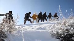 【新春走基层 军营里的年味】塔克什肯边防连:军嫂踏上巡逻路