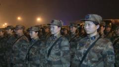 解放军支援湖北医疗队昨晚抵达武汉