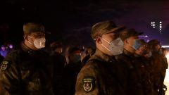 【打赢疫情防控阻击战】联勤保障部队第九六〇医院抗击疫情医疗队出征