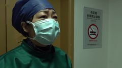 【打贏疫情防控阻擊戰】【新聞特寫】護士長陳靜 ICU病房的大姐姐