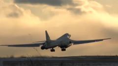 俄改進型圖-160M轟炸機完成試飛